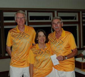 One-game winners Eric Ballinger, Henrietta Ballinger, Steve Dix - Oak Bay